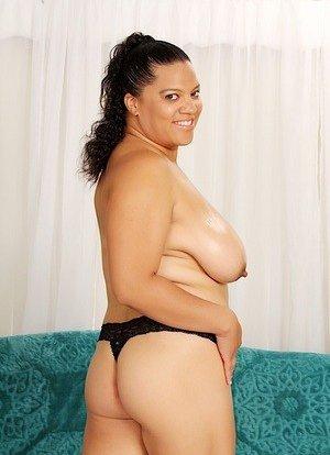 Saggy Latina Tits Photos
